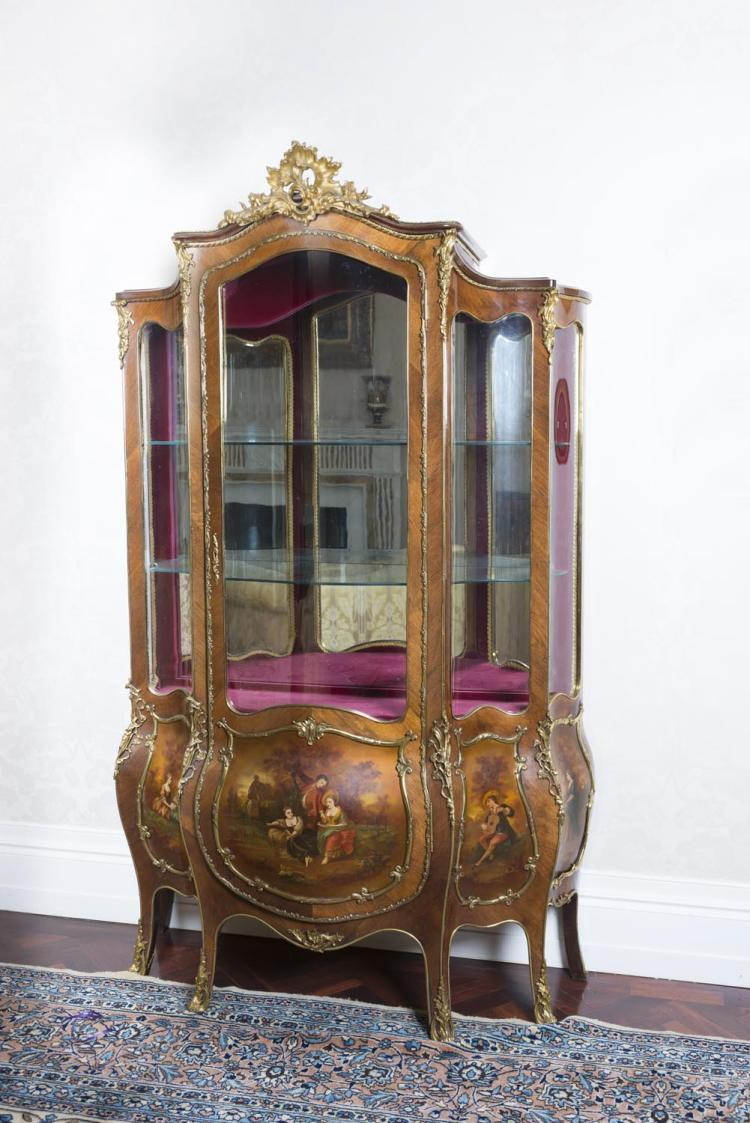 a louis xv style brass mounted kingwood bombe vitrine 19th. Black Bedroom Furniture Sets. Home Design Ideas