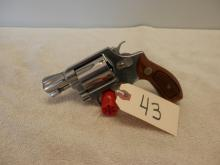 Smith and Wesson Model 60 Stainless  38 special 2 inch Barrel SN: AFP6124