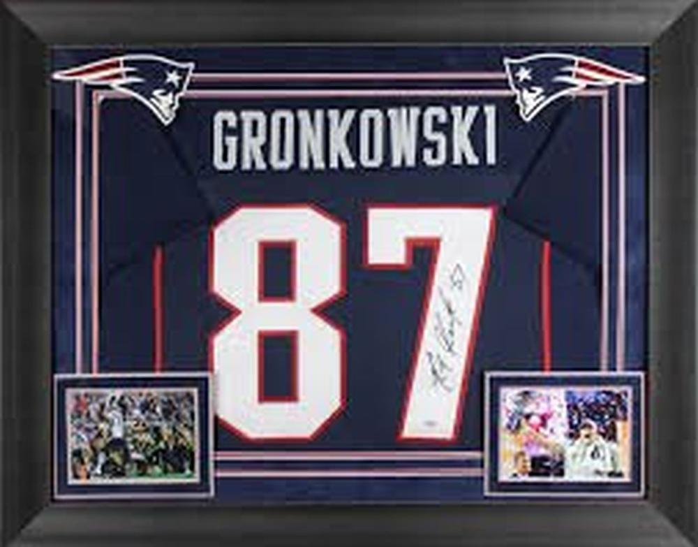 Rob Gronkowski signed and Framed Jersey