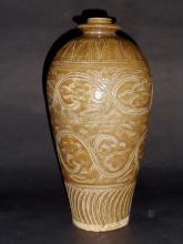 A Rare and Majestic Song Dnasty Yaozhouyao Meiping Vase with Incised Floral Motifs