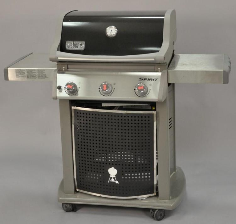 Weber spirit gas grill almost new provenance estate of a - Housse weber spirit ...