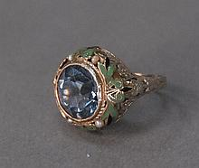 White gold enameled ring with turquois stone, 4.8 grams.