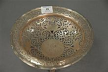 Large sterling silver reticulated footed bowl, dia. 10in.; 21.1 t oz.