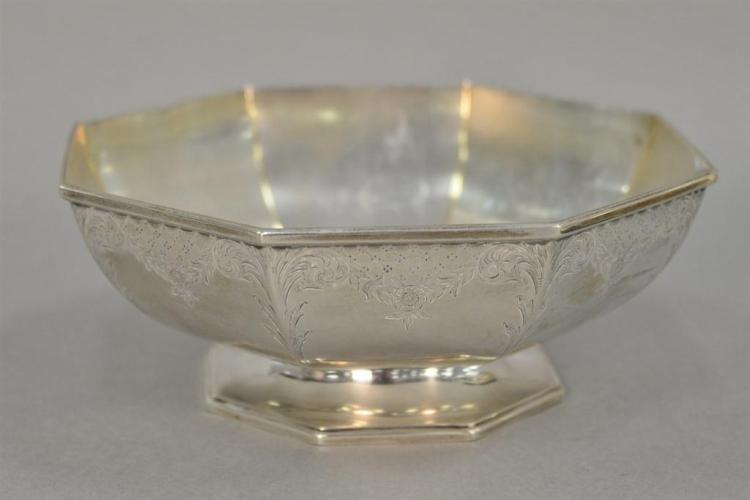 Gorham sterling silver octagon bowl. 14.46 t oz.