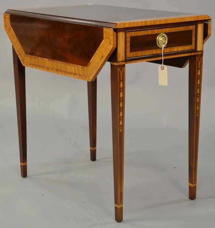 Council Federal style mahogany drop leaf table with inlaid panels, banding, and bell flowers. ht. 27 in., top closed: 17