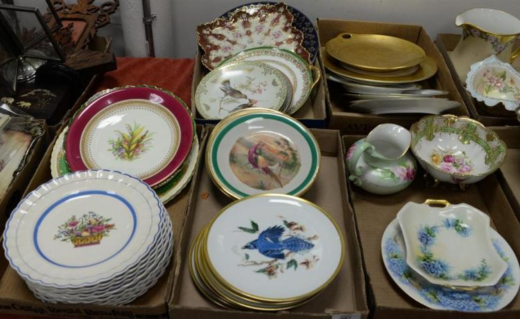 Five box lots with porcelain plates, set of 9 D'arceau Limoges, Selb Bavaria bird plates, Copeland Spode plates, etc.