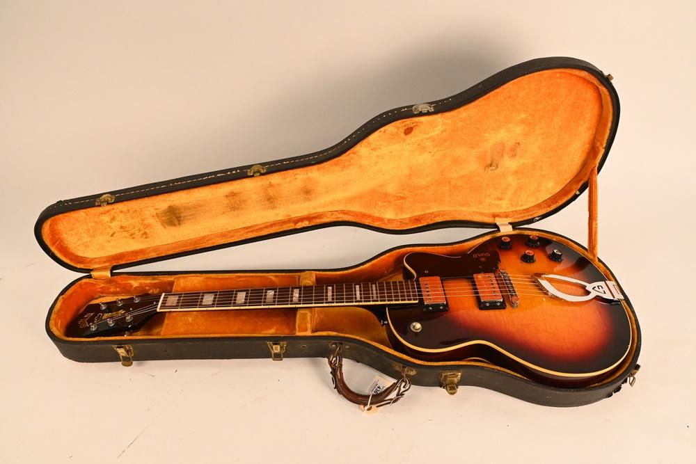 Guild M-75 Electric Guitar semi - hollow Bluesbird Aristocrat 1967 - 1970 some wear and chipping to finish fitted hard she...