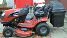 Craftsman YT3000 ride on mower, 22hp with 46