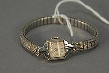 14K gold Seth Thomas ladies wristwatch.