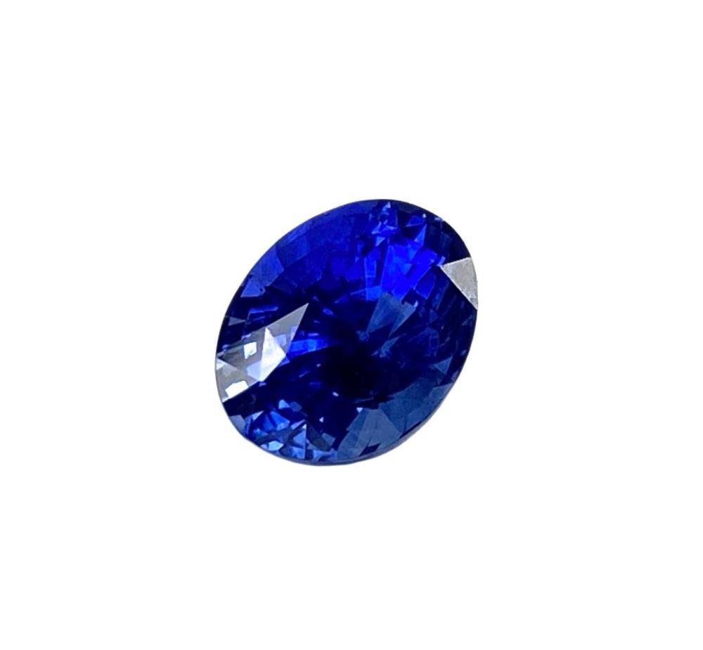 GIA Certified 4.25ct Sri Lanka Blue Sapphire