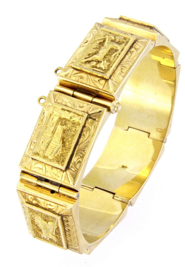 An 18k yellow gold art Deco engraved bracelet.