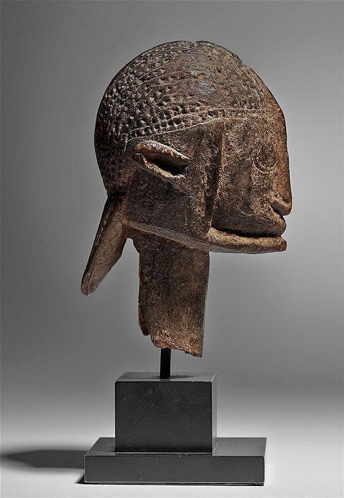 Dogon Head