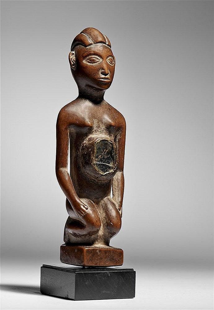 Yombe kneeling Figure