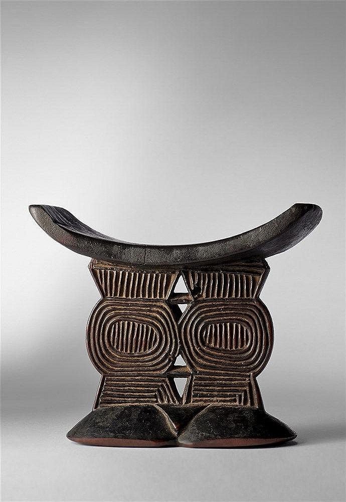 Shona Headrest