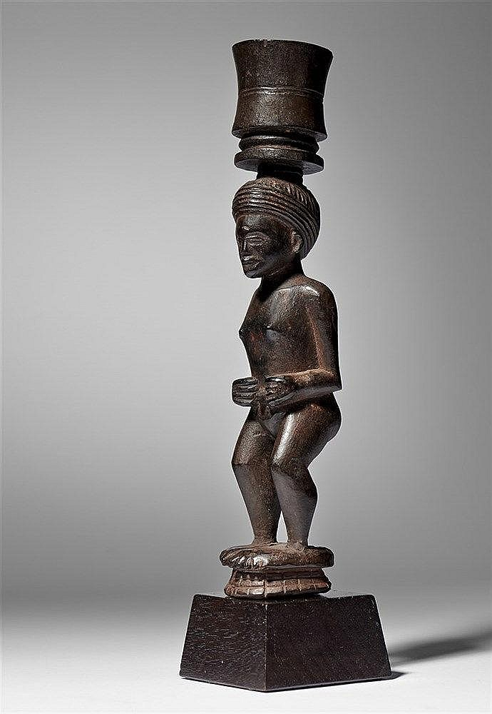 Chokwe/Lwena Figurative Mortar