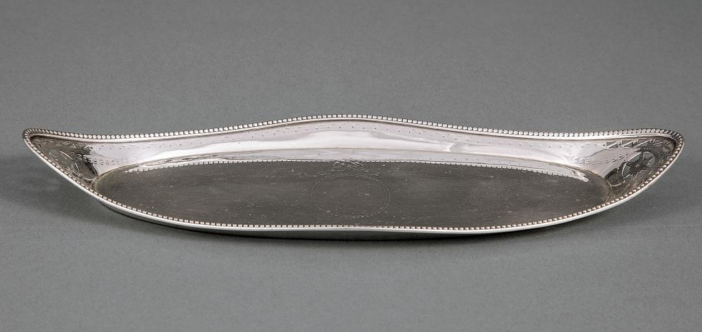 Hennell I Sterling Silver Snuffer Tray