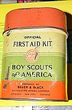 BOY SCOUTS - 1930's OFFICAL FIRST AID KIT FOR BOY SCOUTS OF AMERICA