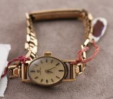 Vintage Omega Women's Gold Wrist Watch Case & Band