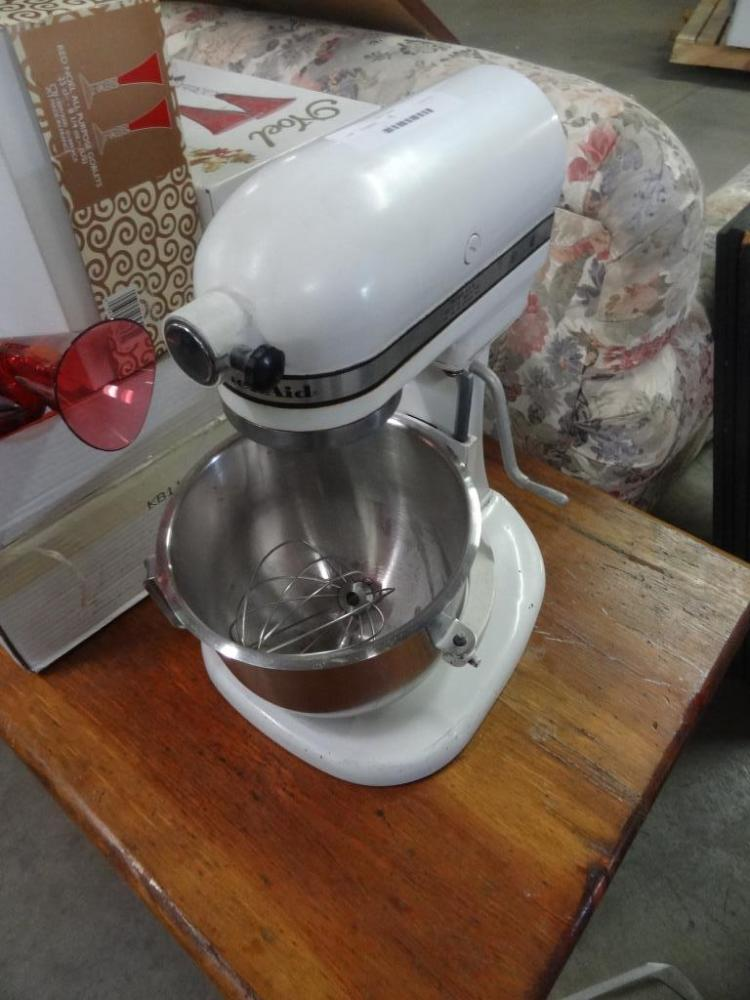 Kitchen Aid Mixer 300 Watts 115 Volts