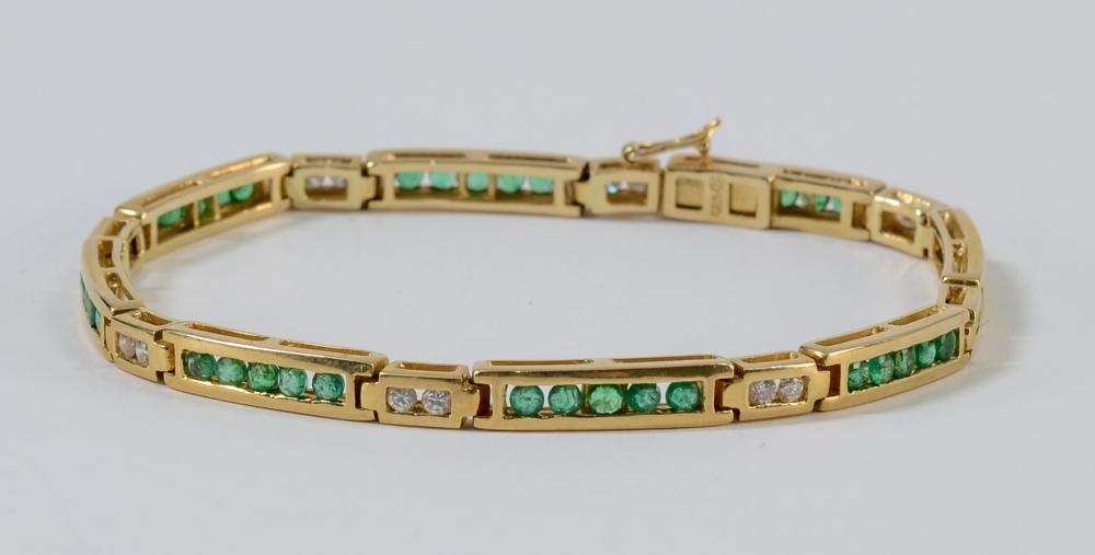 Ladies 14K Diamond & Emerald Bracelet