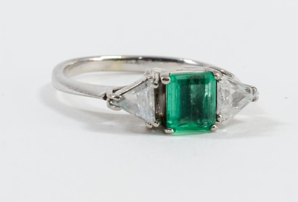 Ladies 14K Diamond and Emerald Ring