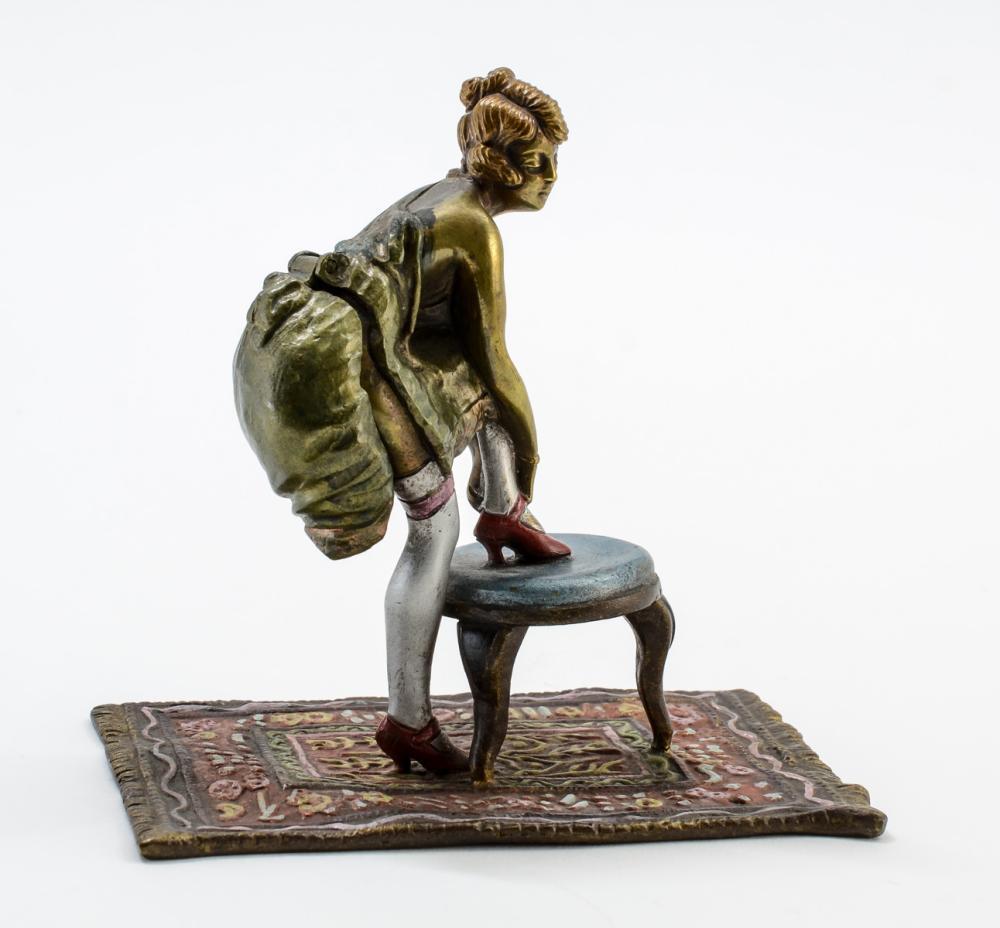 Naughty Vienna Bronze
