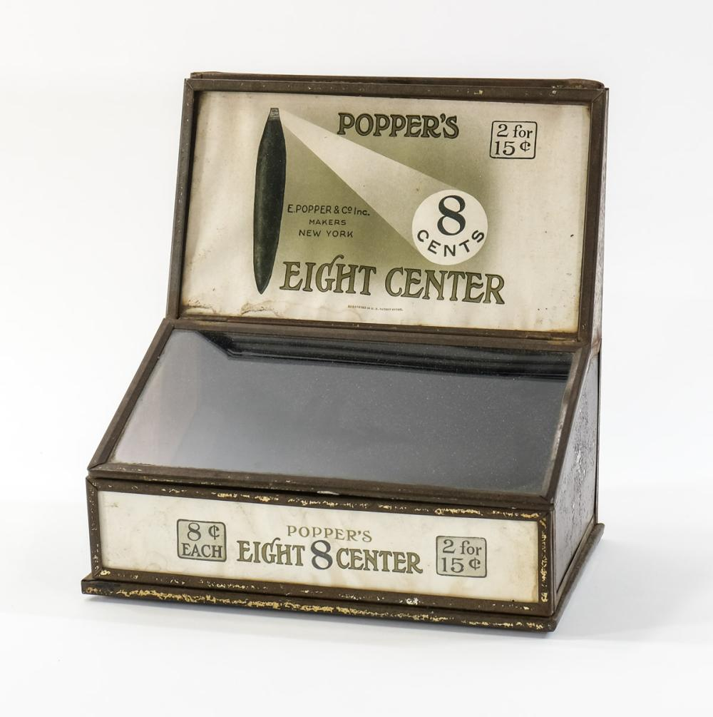Poppers Eight Center Cigar Display