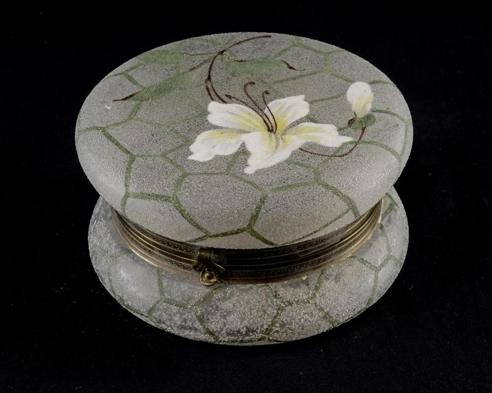 Belle Ware Art Glass Dresser Box