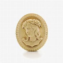 Brooch with ivory cameo