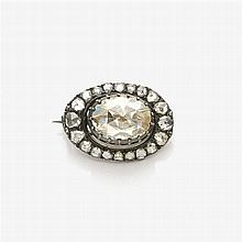 Brooch with large rose diamond