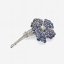 Brooch in the shape of a gentian with sapphires and diamonds