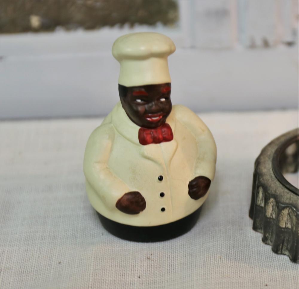 Black chef bell