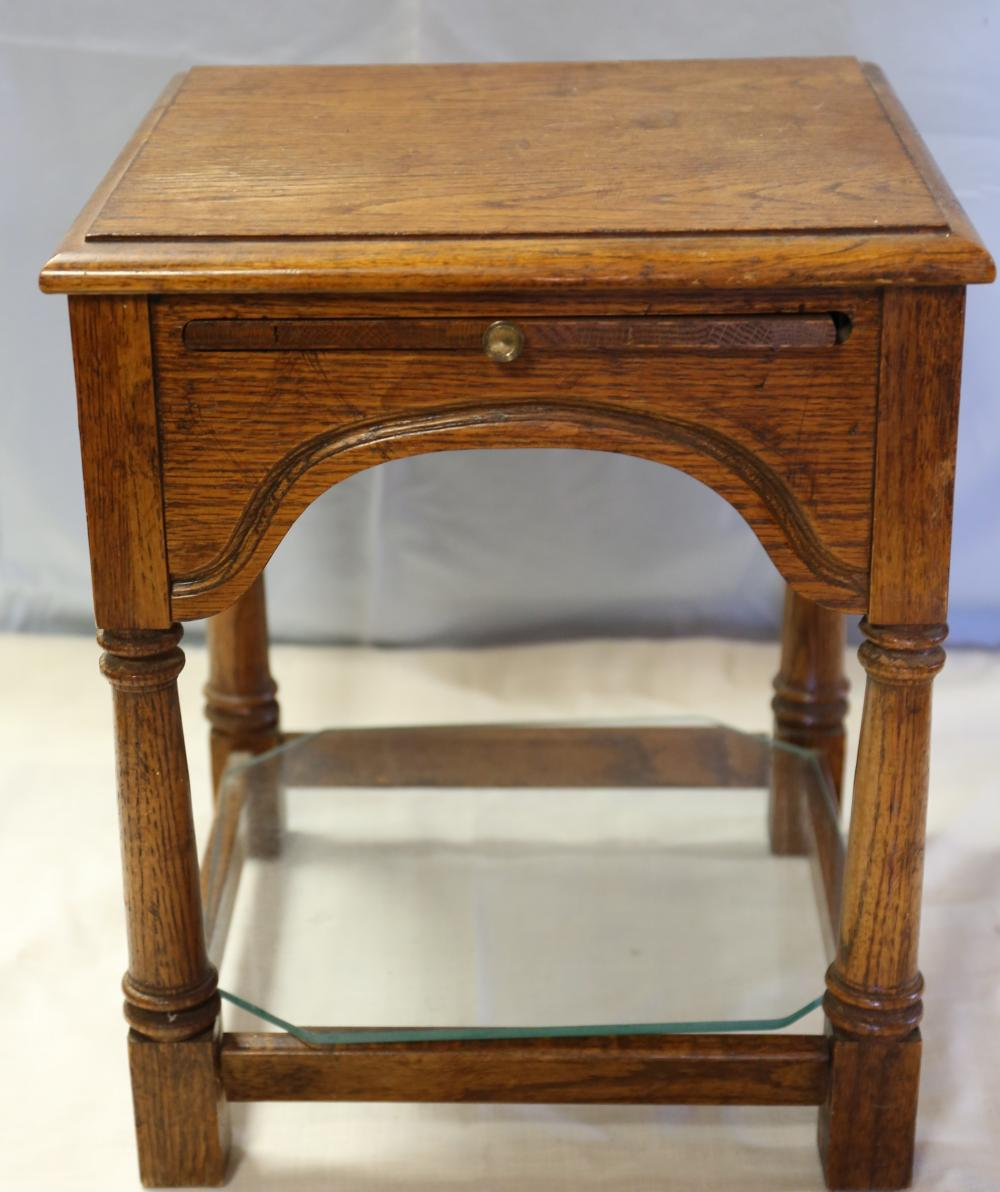 Oak end Table with Glass Bottom