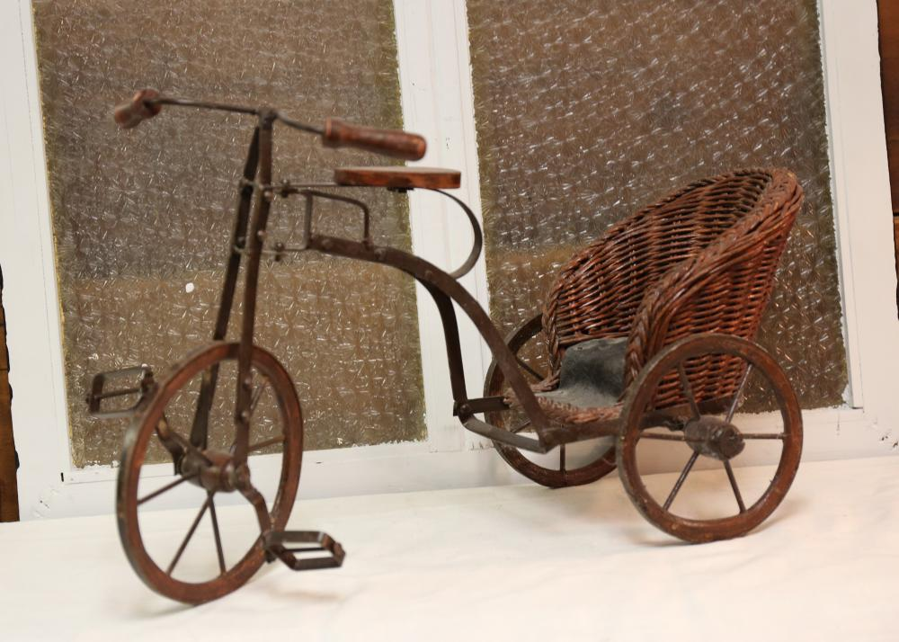 Metal toy bicycle with wicker seat