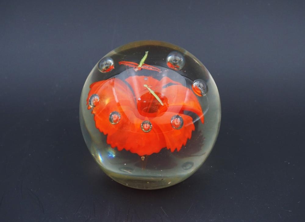 Art glass paperweight