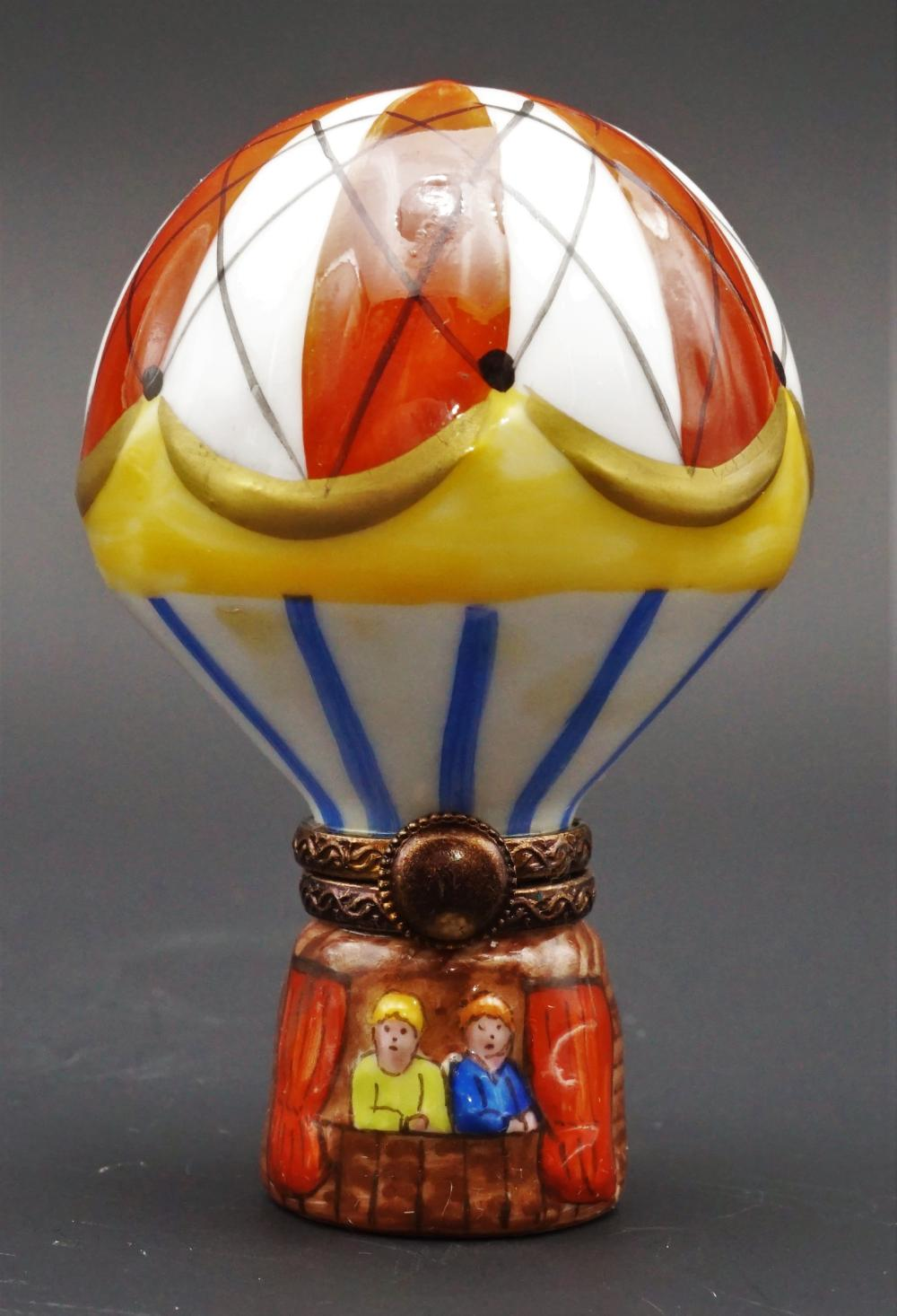 Limoges Peint Main hot air balloon trinket box
