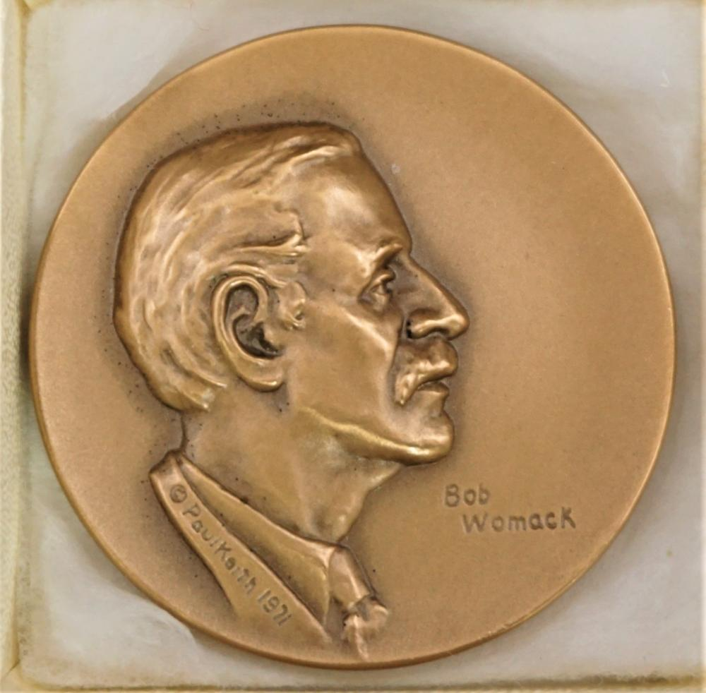 Medallic Art bronze Bob Womack token by Paul Keith