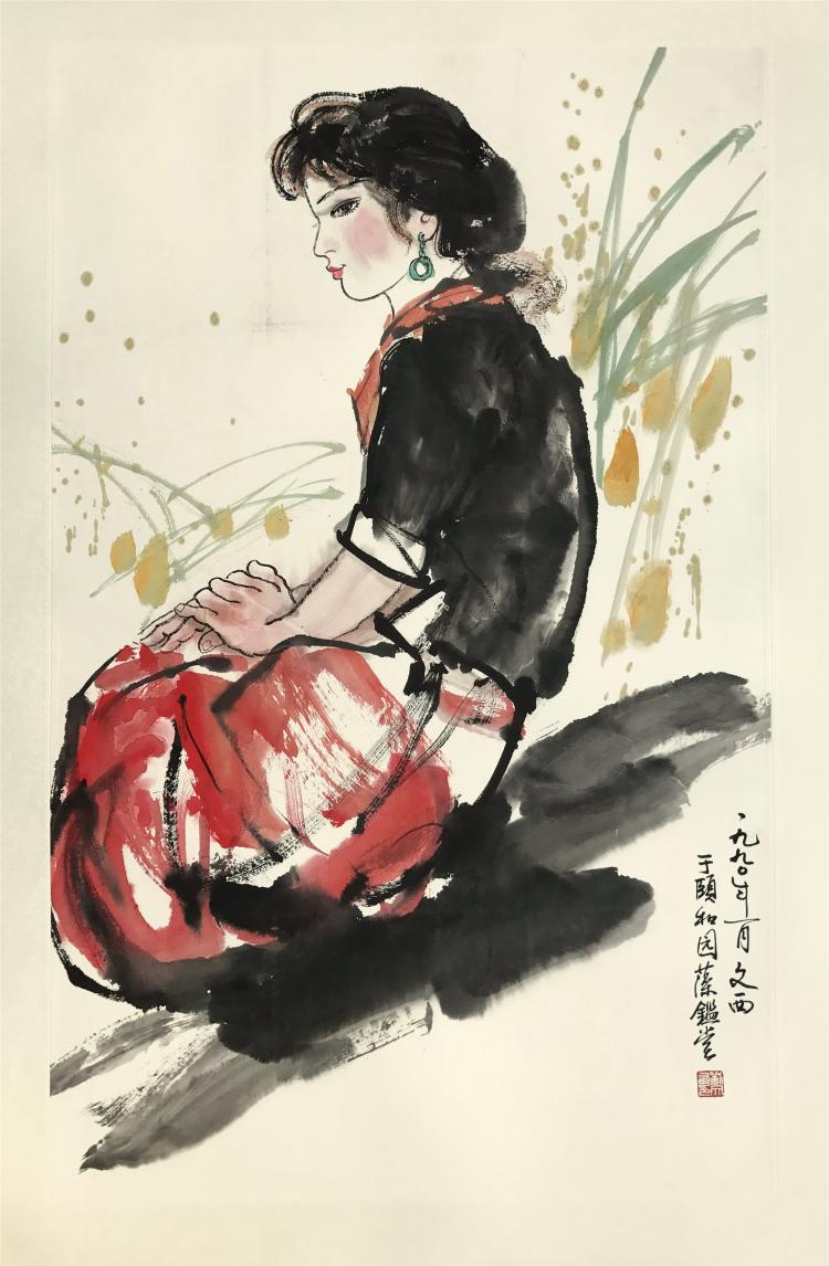 CHINESE SCROLL PAINTING OF SEATED GIRL
