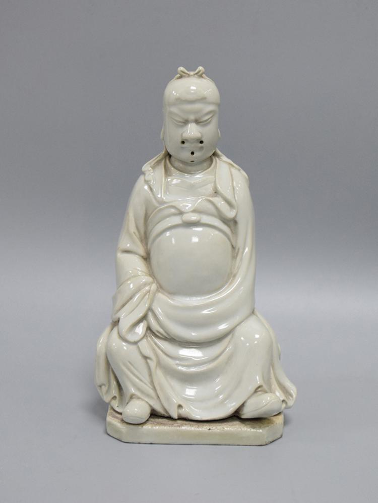 CHINESE PORCELAIN OF BLANC DE CHINE SEATED OFFICIAL