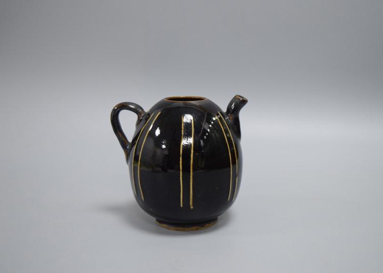 CHINESE PORCELAIN OF BLACK GLAZE WATER JAR
