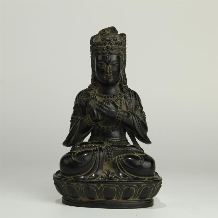 CHINESE BLACK STONE CARVED SEATED GUANYIN