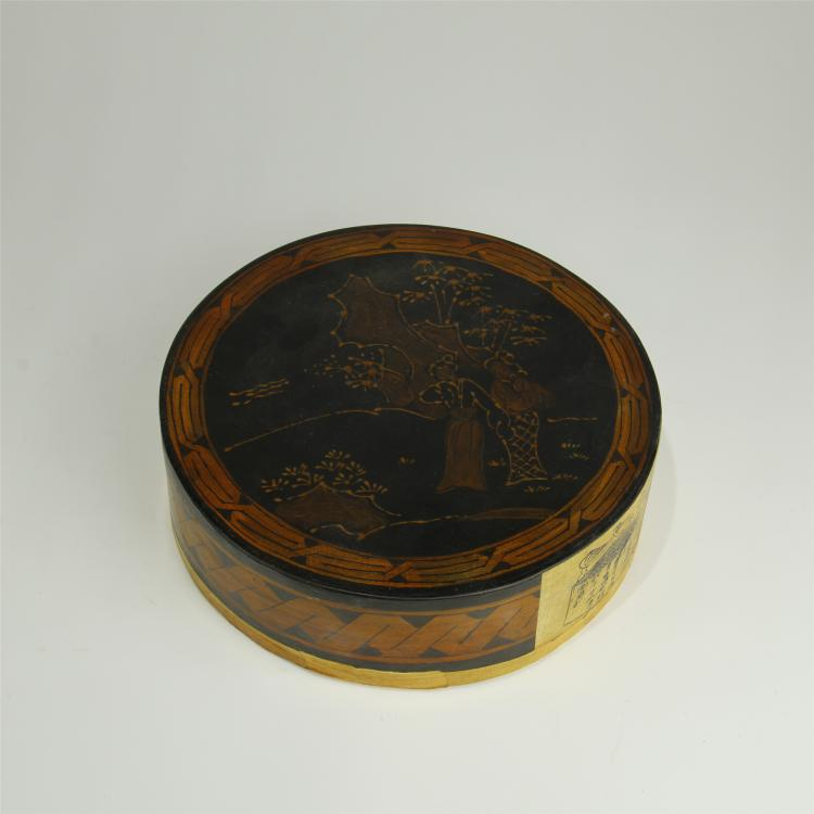 CHINESE LACQUERED ROUND TEA BOX