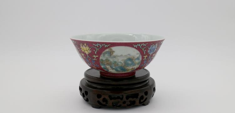 CHINESE PORCELAIN OF RED GROUND FAMILLE ROSE BOWL