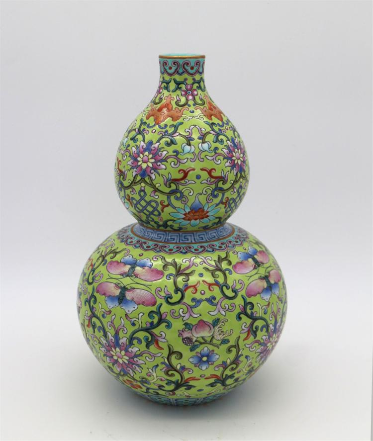 CHINESE PORCELAIN OF GMAILLE ROSE FLOWER GOURD VASE