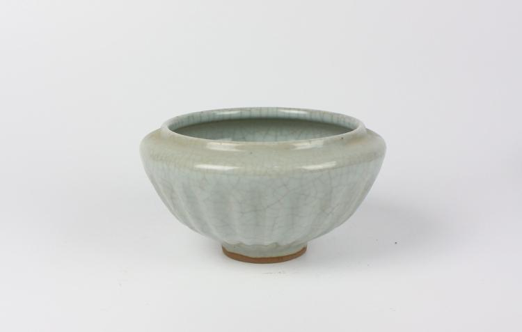 CHINESE PORCELAIN GE KILN BOWL