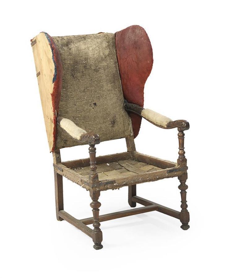 Fauteuille Europeen : Italian fruitwood fauteuil