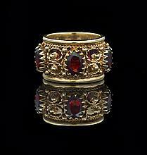 Fourteen-Karat Yellow Gold and Garnet Ring