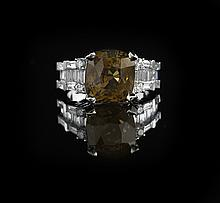18 Kt. White Gold, Alexandrite and Diamond Ring