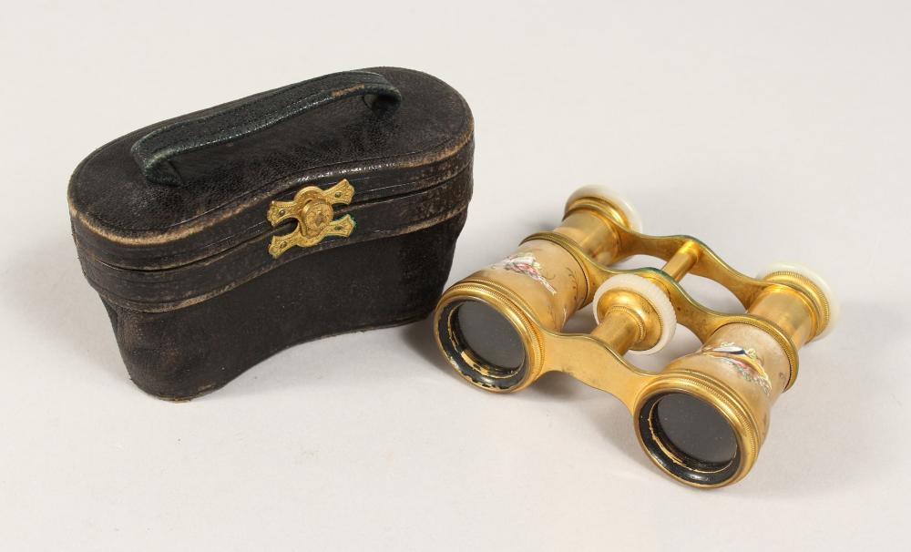 A PAIR OF LATE 19TH CENTURY OPERA GLASSES BY LEMAIRE, PARIS, the gilt body decorated with figures, flowers, m