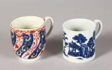 AN 18TH CENTURY WORCESTER QUEEN CHARLOTTE PATTERN COFFEE CUP, fretted square mark and a Worcester coffee can printed with the Man in Pavilion pattern.